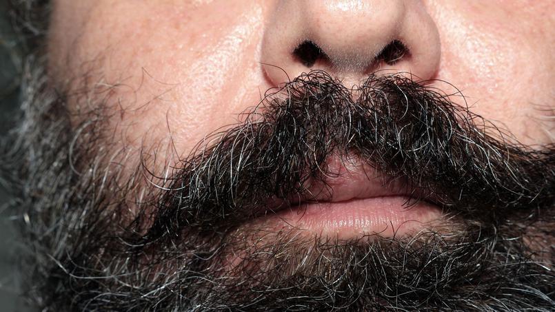 Médecin viré de l'hôpital pour sa barbe trop longue