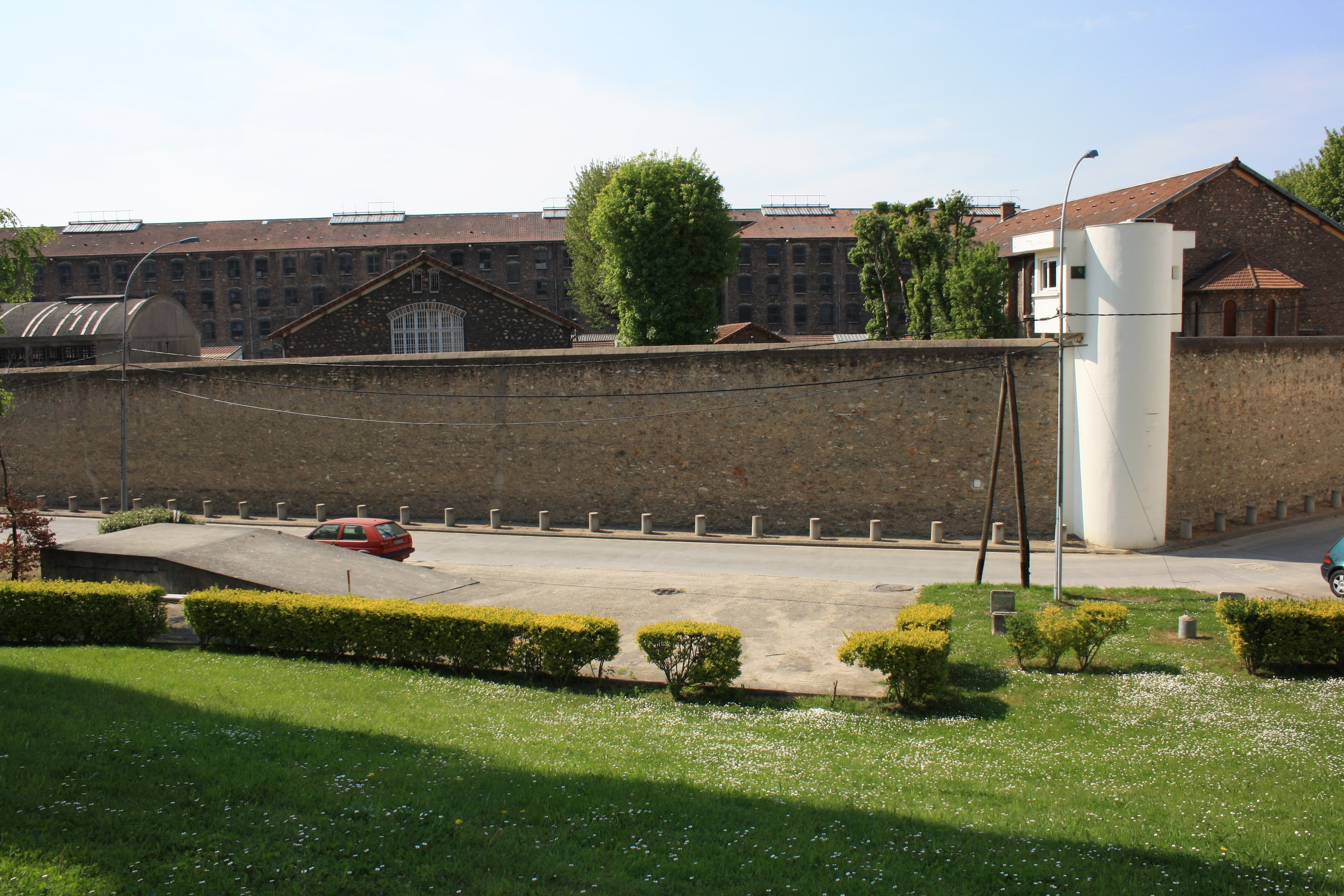 Fleury-Mérogis : deux enquêtes ouvertes après la mort de deux prisonniers