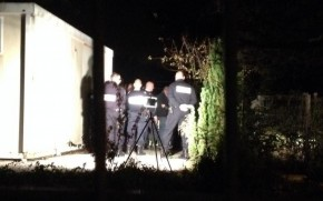 fusillade entre la police et un riverain juriguide. Black Bedroom Furniture Sets. Home Design Ideas